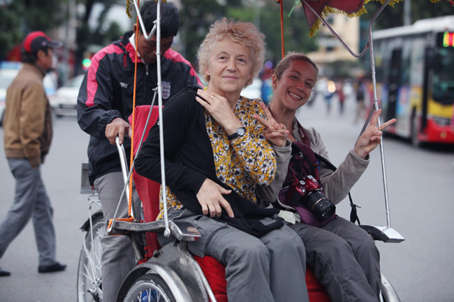 Độc đáo thăm quan Hà Nội với cyclo tour